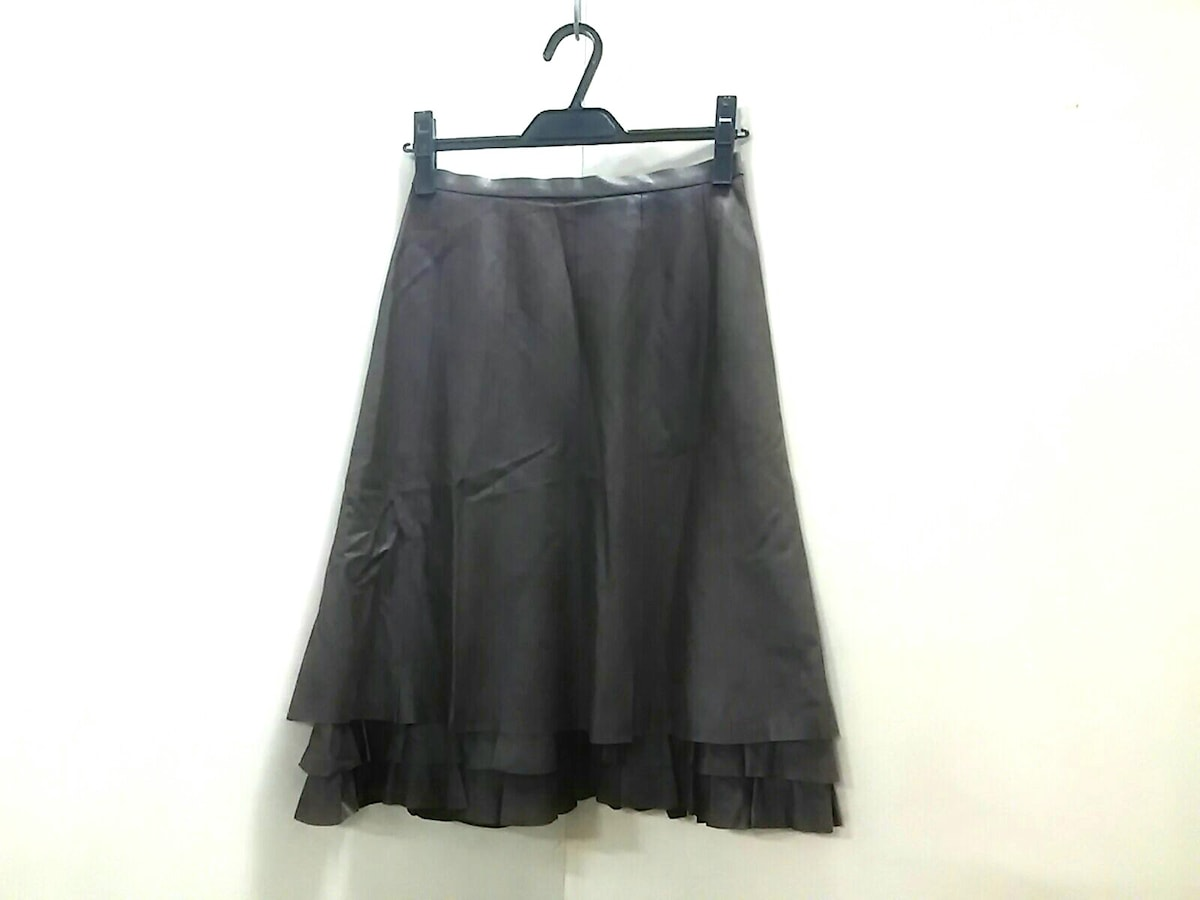 Rozenfur(ローゼンファー)のスカート