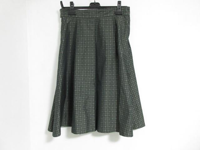 L'EQUIPE YOSHIE INABA(レキップ ヨシエイナバ)のスカートスーツ