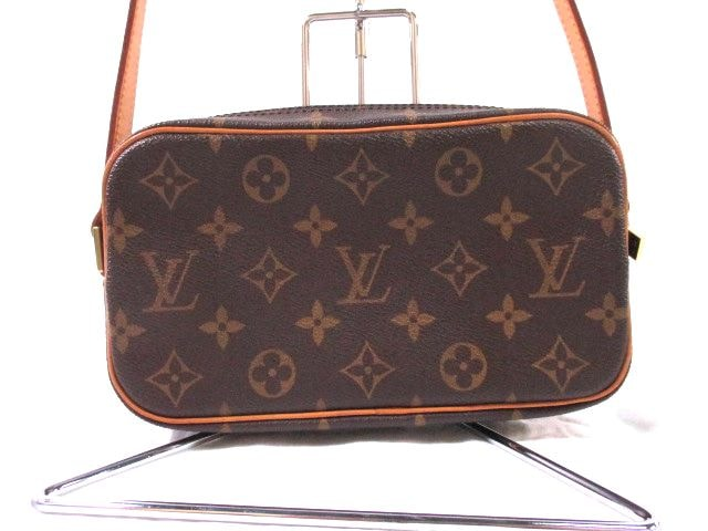 LOUIS VUITTON(ルイヴィトン)のポシェット・シテ