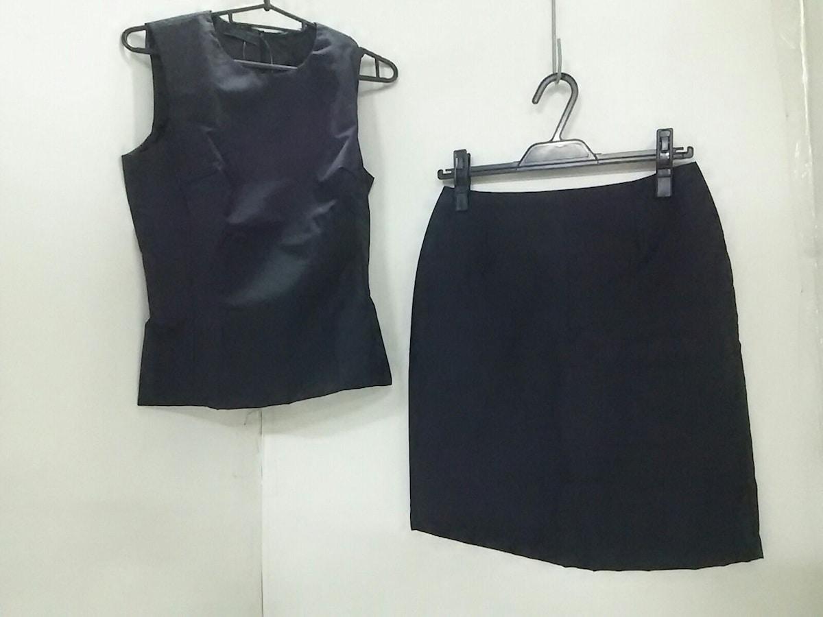PRADA(プラダ)のスカートセットアップ