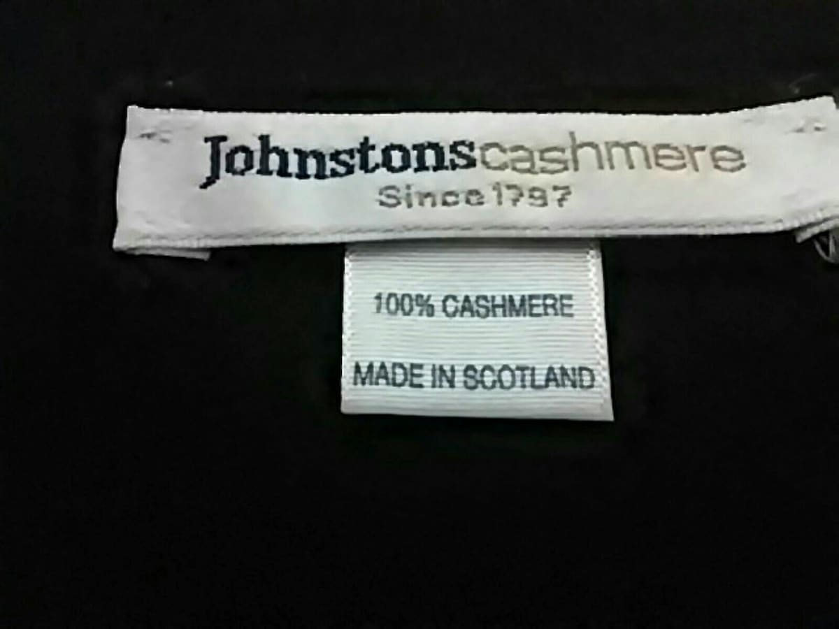 Johnstons(ジョンストンズ)のマフラー