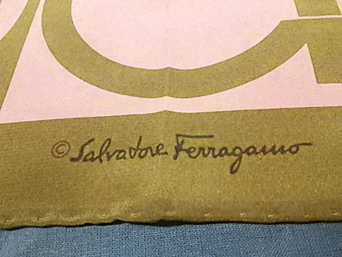 SalvatoreFerragamo(サルバトーレフェラガモ)のガンチーニ