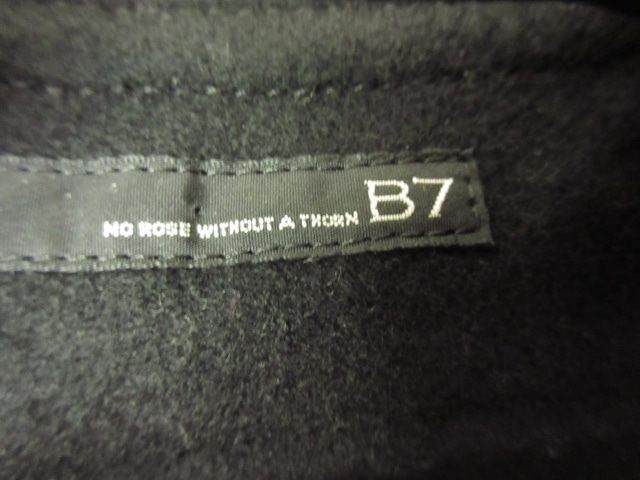 B7 NO ROSE WITHOUT A THORN(ベーセッツ)のコート