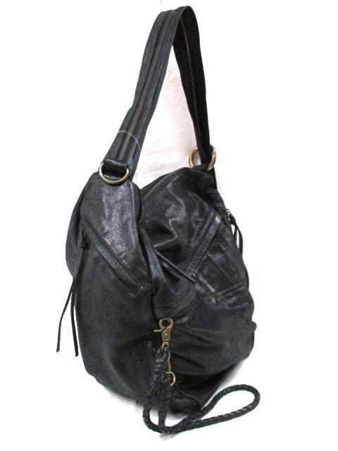 BLACK PEARL(ブラックパール)のショルダーバッグ