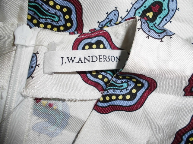 J.W.Anderson(ジェイダブリューアンダーソン)のワンピース
