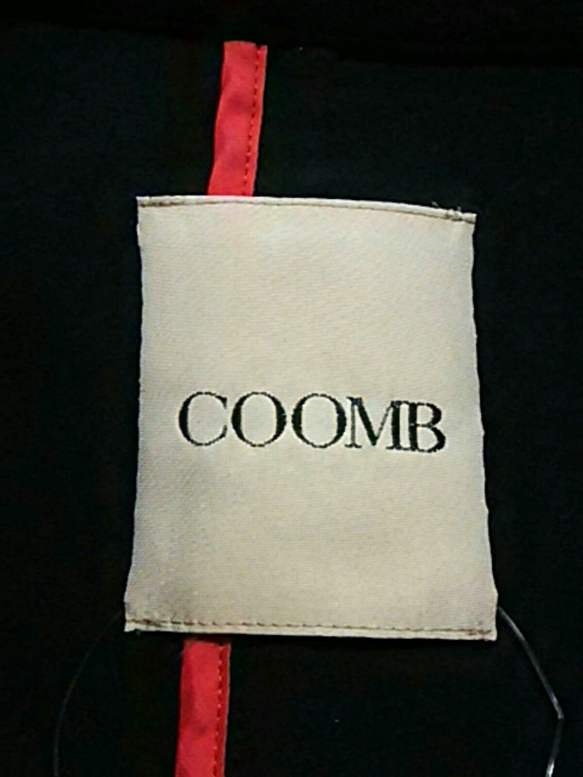 Coomb(クーム)のコート