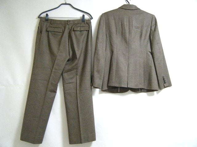 Scapa(スキャパ)のレディースパンツスーツ
