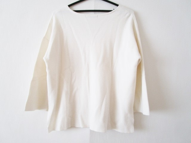 ROSEBUD(ローズバッド)のセーター
