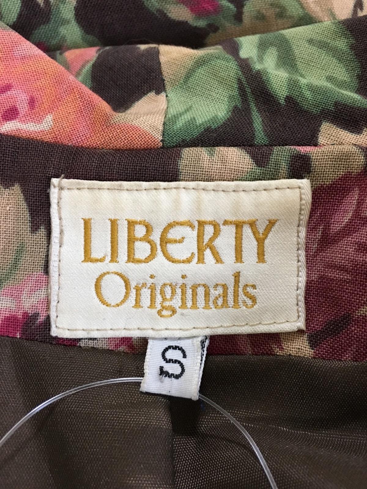 LIBERTY(リバティ)のコート