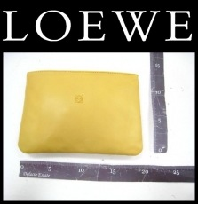 LOEWE(ロエベ)のポーチ