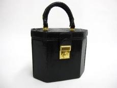 GIANNIVERSACE(ジャンニヴェルサーチ)のバニティバッグ