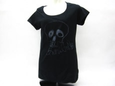 KariAng(カリアング)のTシャツ