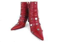 VERSACE(ヴェルサーチ)のブーツ