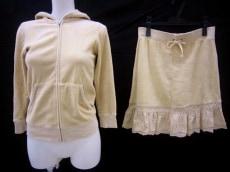 JUICY COUTURE(ジューシークチュール)のスカートスーツ