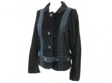 Nicholas K(ニコラスケイ)のジャケット