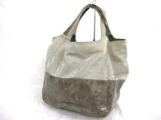 PETITE CLASSE(プティトゥクラッセ)のトートバッグ