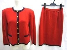 Roberta di camerino(ロベルタ ディ カメリーノ)のスカートスーツ