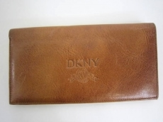 DKNY(ダナキャラン)の札入れ