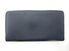 A.P.C.(アーペーセー)の長財布