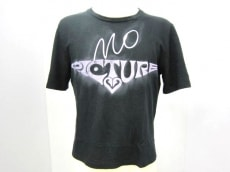 ALESSANDRO DELL'ACQUA(アレッサンドロデラクア)のTシャツ