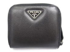 PRADA(プラダ)の2つ折り財布