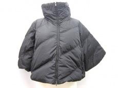 miumiu(ミュウミュウ)のダウンジャケット