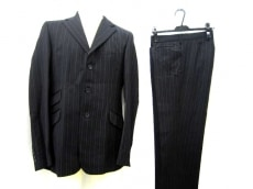 D&G(ディーアンドジー)のメンズスーツ