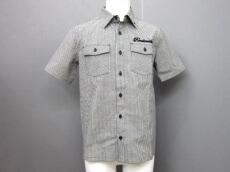 RANDOM(ランダム)のシャツ