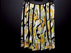 PUPULA(ププラ)のスカート
