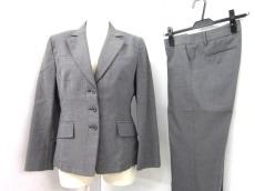 CalvinKlein(カルバンクライン)のレディースパンツスーツ