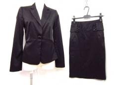 MANGO SUIT(マンゴ)のスカートスーツ