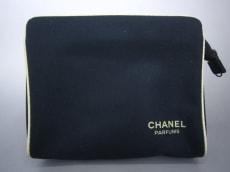 CHANEL PARFUMS(シャネルパフューム)のポーチ