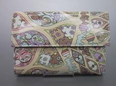 EMILIO PUCCI(エミリオプッチ)の3つ折り財布