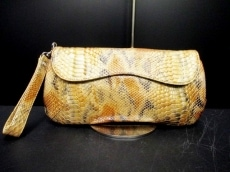 COCCO FIORE(コッコフィオーレ)のセカンドバッグ