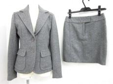ICB(アイシービー)のスカートスーツ