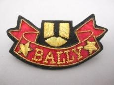 BALLY(バリー)のブローチ