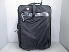 GIANFRANCO FERRE(ジャンフランコフェレ)のキャリーバッグ