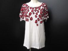 DIANE VON FURSTENBERG(DVF)(ダイアン・フォン・ファステンバーグ)のTシャツ