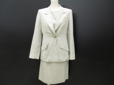 YvesSaintLaurent(イヴサンローラン)のワンピーススーツ