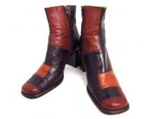 FERRIRA(フェリーラ)のブーツ