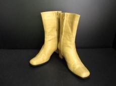 4℃(ヨンドシー)のブーツ