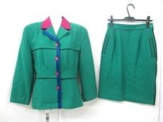 Castelbajac(カステルバジャック)のスカートスーツ