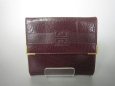 GIVENCHY(ジバンシー)の3つ折り財布