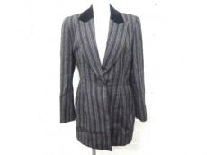 Mademoiselle Dior(マドモアゼルディオール)のジャケット