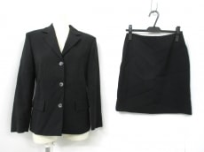 MAX&CO.(マックス&コー)のスカートスーツ