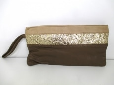 estellon(エステロン)のセカンドバッグ