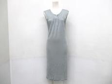 ALEXANDER McQUEEN(アレキサンダーマックイーン)のドレス
