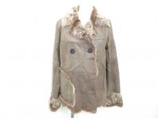 VAU DE VILLE(ボードビル)のコート