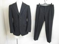 TONELLO(トネッロ)のメンズスーツ