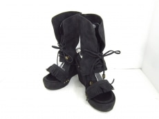 WC(ダブルシー)のブーツ